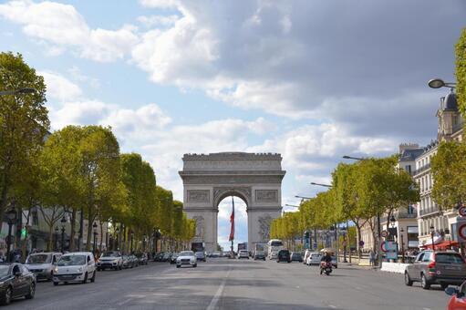 파리의 개선문