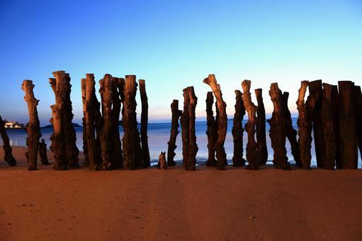 Barricade of wood 3
