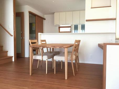 Newly built living / dining