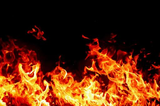火の粉の写真素材|写真素材なら「写真AC」無料(フリー)ダウンロードOK