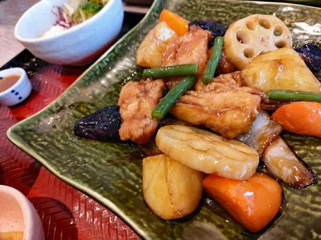 Lunch sweet and sour pork