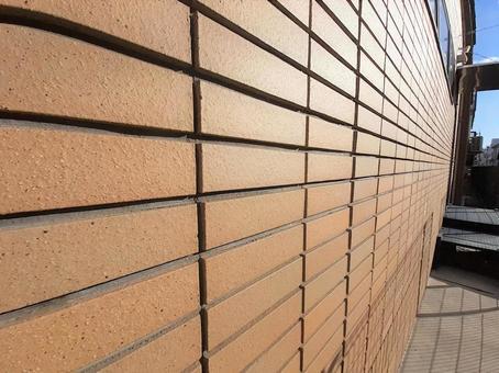 벽돌 바람의 외벽