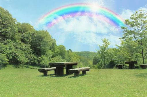 언덕에서 虹現る
