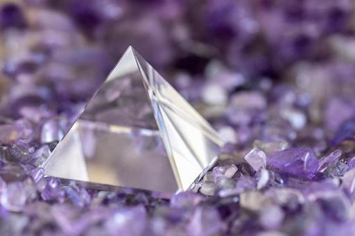 파워 스톤 크리스탈 피라미드 천연석 이미지 1