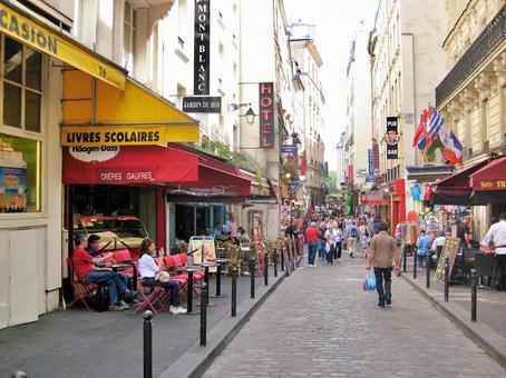 파리의 거리 풍경
