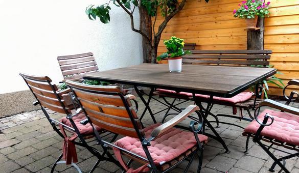 Cafe scenery 12