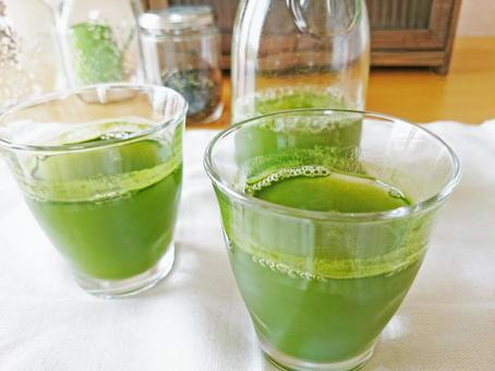A table with green juice