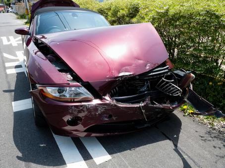 Automatic car traffic accident scene