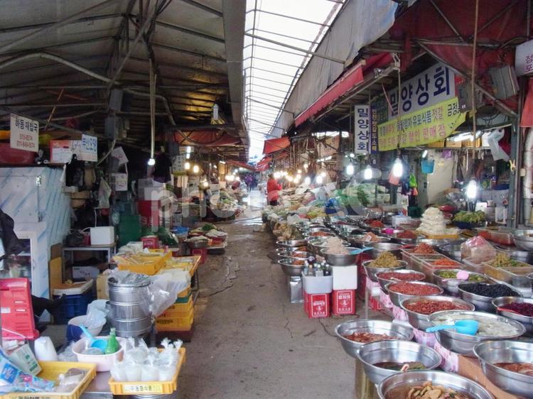 韓国 釜山の市場の写真