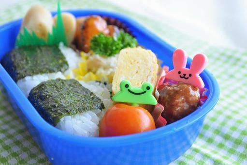 Children's handmade lunch _ Kindergarten / nursery lunch image
