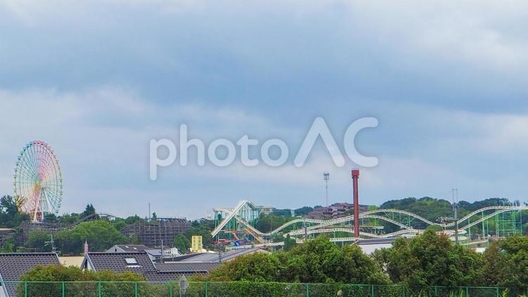 枚方大橋から見えたひらかたパークの写真