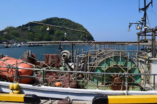 유라 어항 양질의 해산물 어획