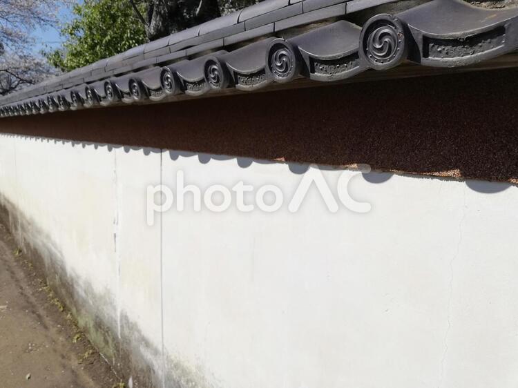 伝統的な白い壁の写真