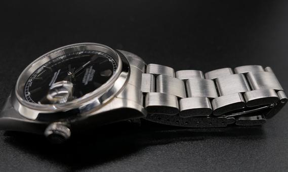 Men's Luxury Watch Black Background Material