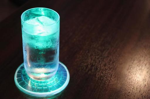 Shining glass (turquoise)