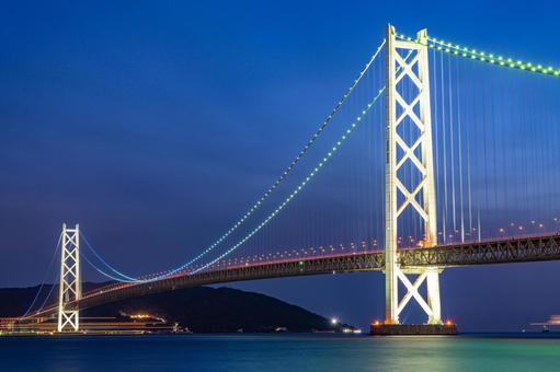 Akashi Kaikyo Bridge just after sunset