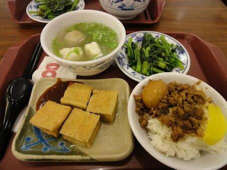 Taiwanese set ruler meal