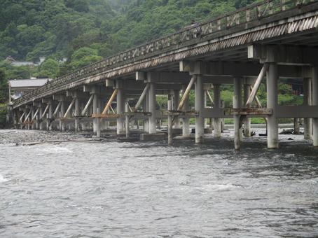 Touyue Bridge