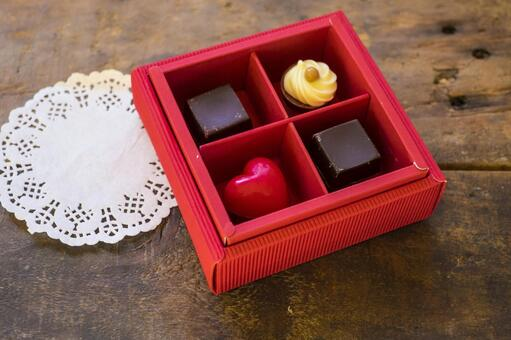 Valentine chocolate_wooden table