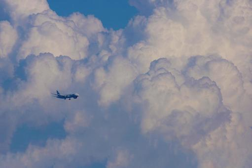 Airplane and Ice Cloud