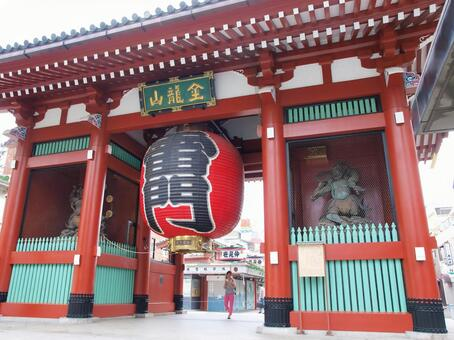 Sensoji Temple gate