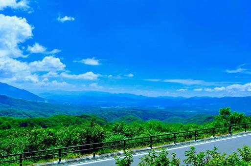 파노라마 전경을 감상 할 수있는 전망대에서 본 풍경