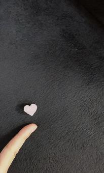 Small heart vertical left