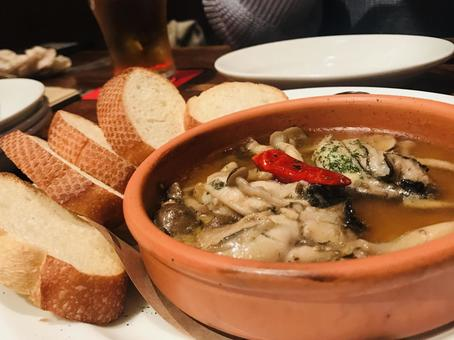 Oyster ajillo and French bread