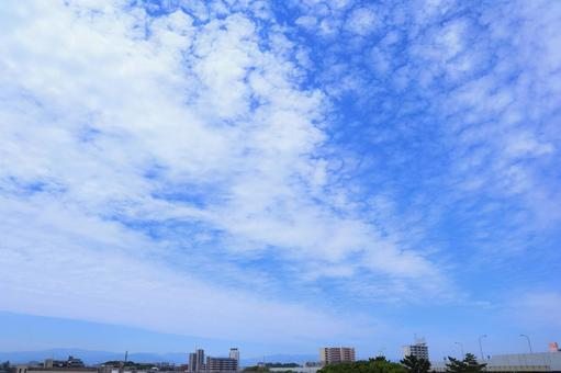 A refreshing sky with beautiful clouds in the blue sky