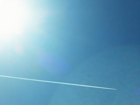 푸른 하늘과 비행운 002