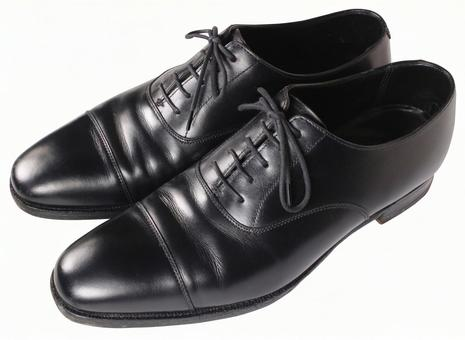 Clipping material Leather shoes Black 2