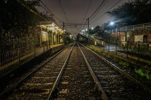도덴 아라카와 선 선로와 야경