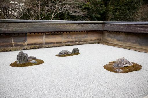 료안지의 바위 정원 3