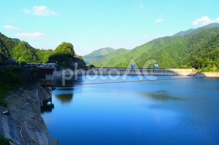 【東京都・奥多摩】奥多摩湖の写真