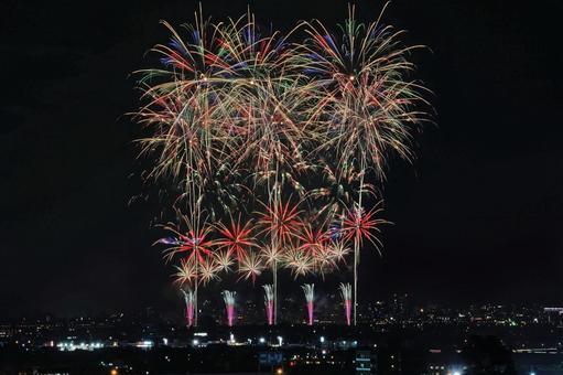 "Nagaoka Festival Fireworks Festival ""One Hometown"""