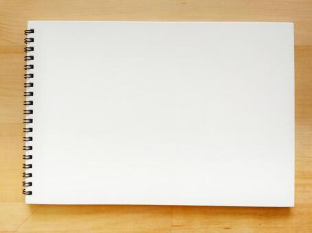 桌子0311上的寫生簿背景