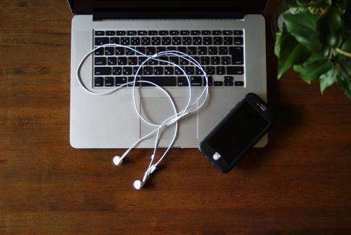 Personal computer smartphone online image