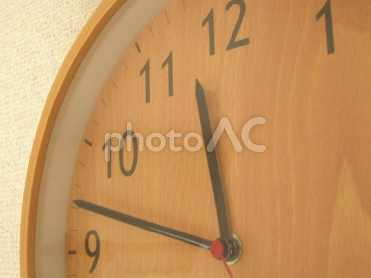 時計のアップの写真