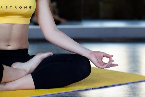Women do yoga 5