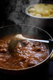 Making Indian curry