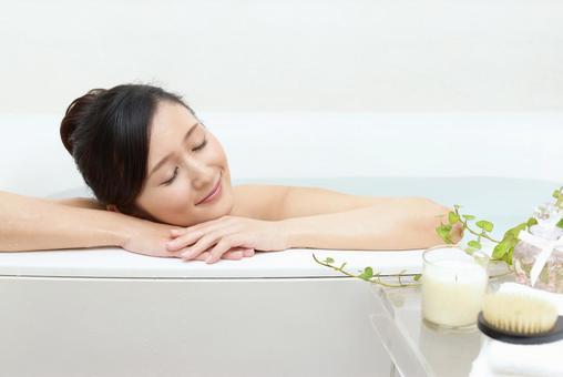 入浴の写真素材|写真素材なら「写真AC」無料(フリー)ダウンロードOK