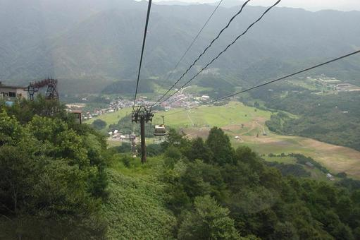 The view of the village from the cable car is nice!