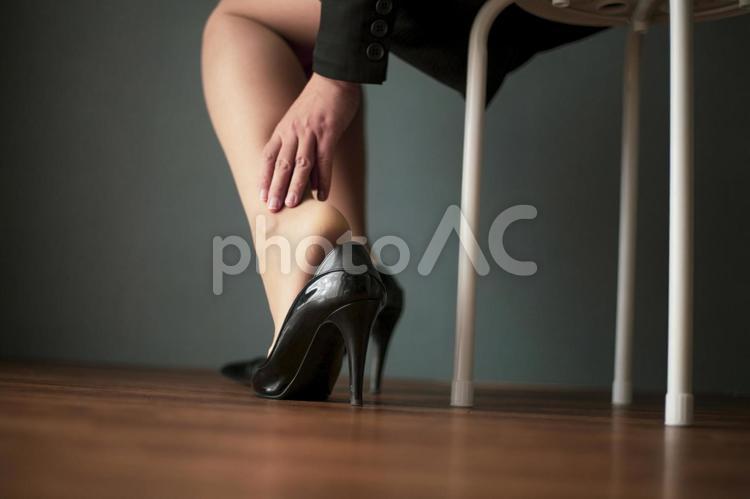 パンプス 靴擦れイメージの写真