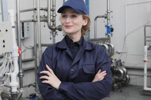 Female employee with armband 4