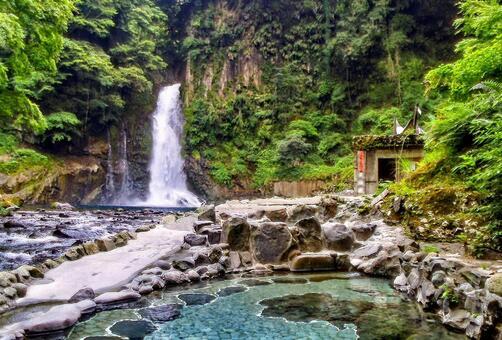大滝温泉 폭포 노천탕 비탕 카와 나나 타키 강 텍스처