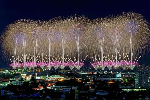 "Nagaoka Festival Fireworks Festival ""Reconstruction Prayer Fireworks Phoenix"""