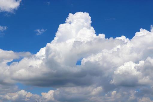 Cumulonimbus blue sky and white clouds
