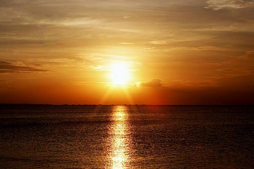 在檀香山海上日落7