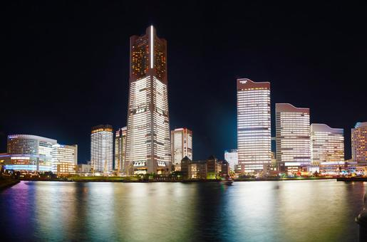 Yokohama night view 13