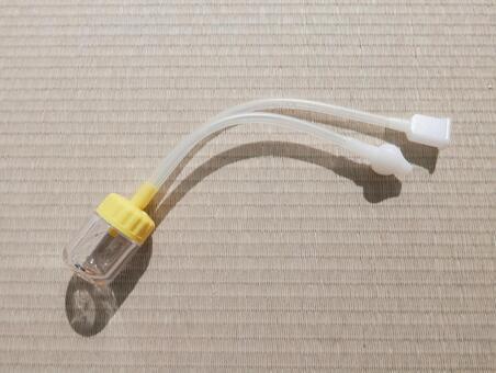 鼻吸い器(赤ちゃんの鼻水吸いとり用)